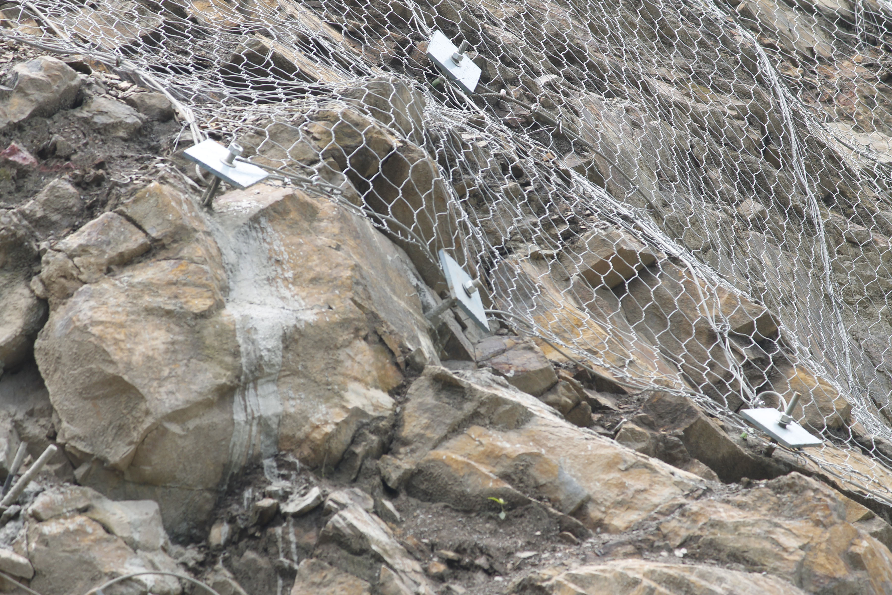 नारायणगढ–मुग्लिन सडक पुनः अवरुद्ध