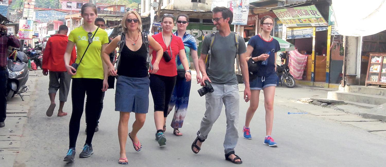 नेपाल आउने पर्यटकको संख्या दुई वर्षमा दोब्बर होला ?