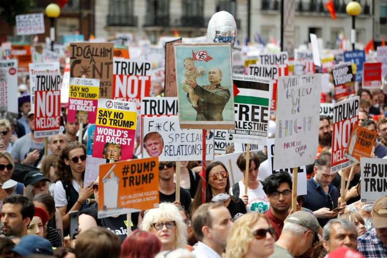 अमेरिकी राष्ट्रपति ट्रम्पको विरोधमा दशौँ हजार बेलायतीद्वारा प्रदर्शन