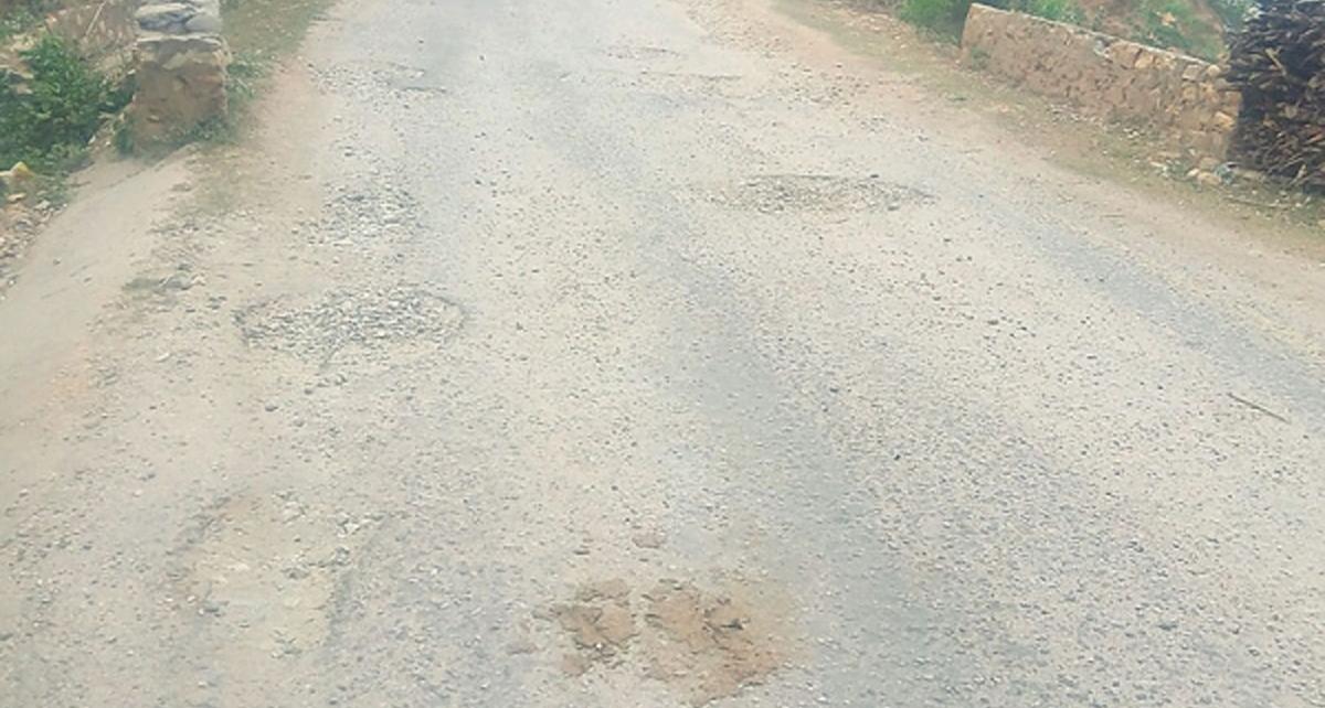 दुर्घटनाको जोखिममा छिन्चु–जाजरकोट सडक