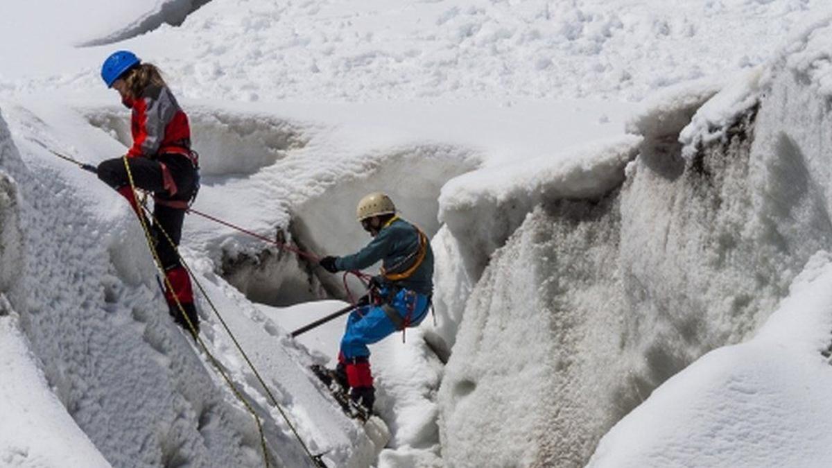 जलवायु परिवर्तनले पर्वतारोहणको जोखिम बढ्दै, पर्वतारोहीलाई चुनौती