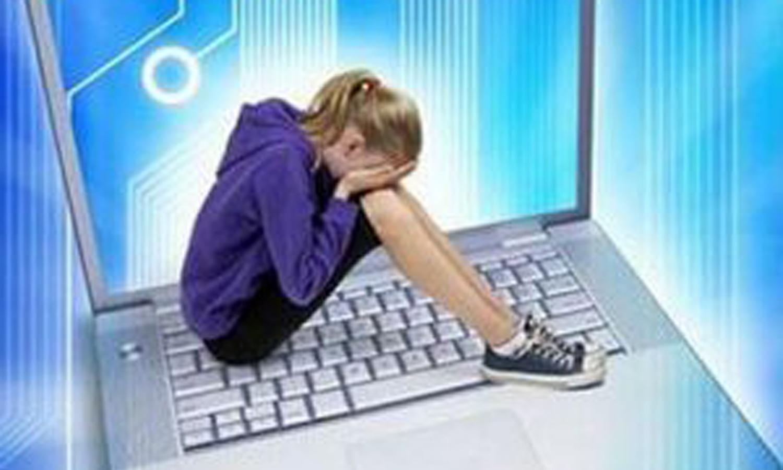 इन्टरनेटले बढायो बाल यौनशोषण