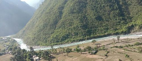 कालङ्गा नदीले बगाउँदा दुई जना बेपत्ता