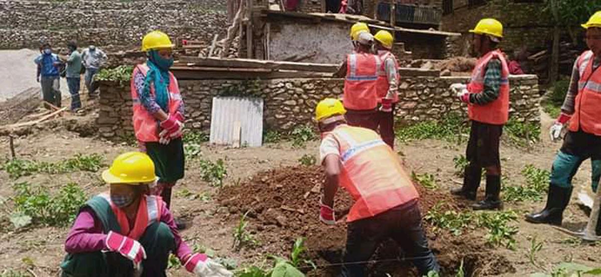 जुम्लाका आठ वटै स्थानीय तहमा 'मुख्यमन्त्री रोजगार कार्यक्रम'