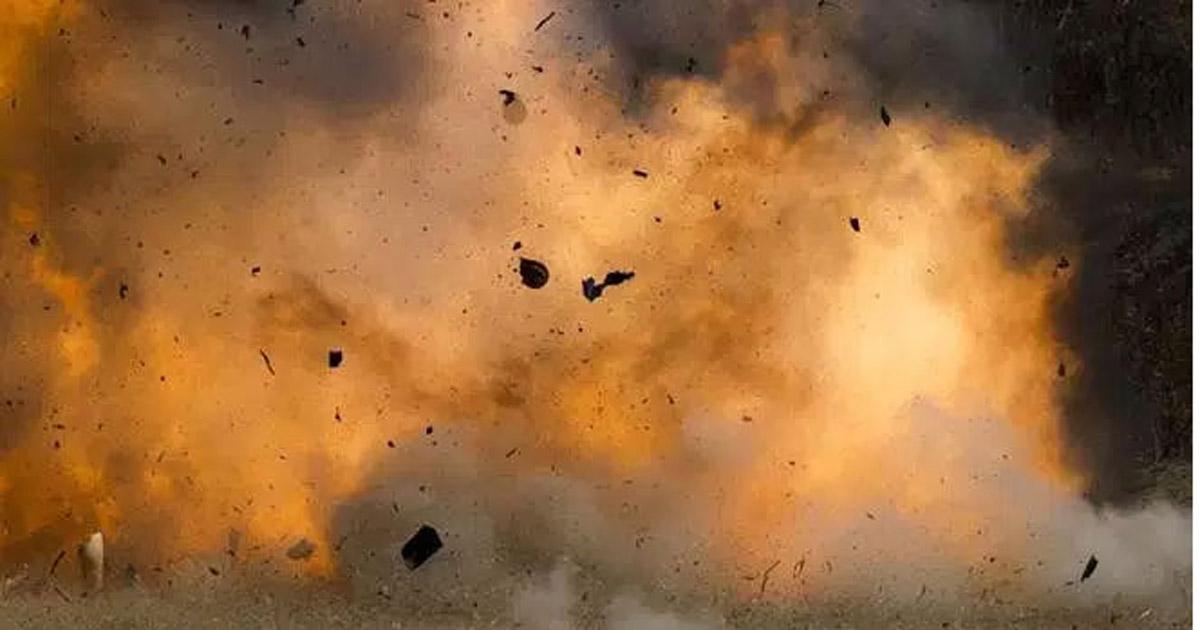 बंगलादेशको एक मस्जिदमा विष्फोट हुँदा १२ को मृत्यु, दर्जनौँ घाइते