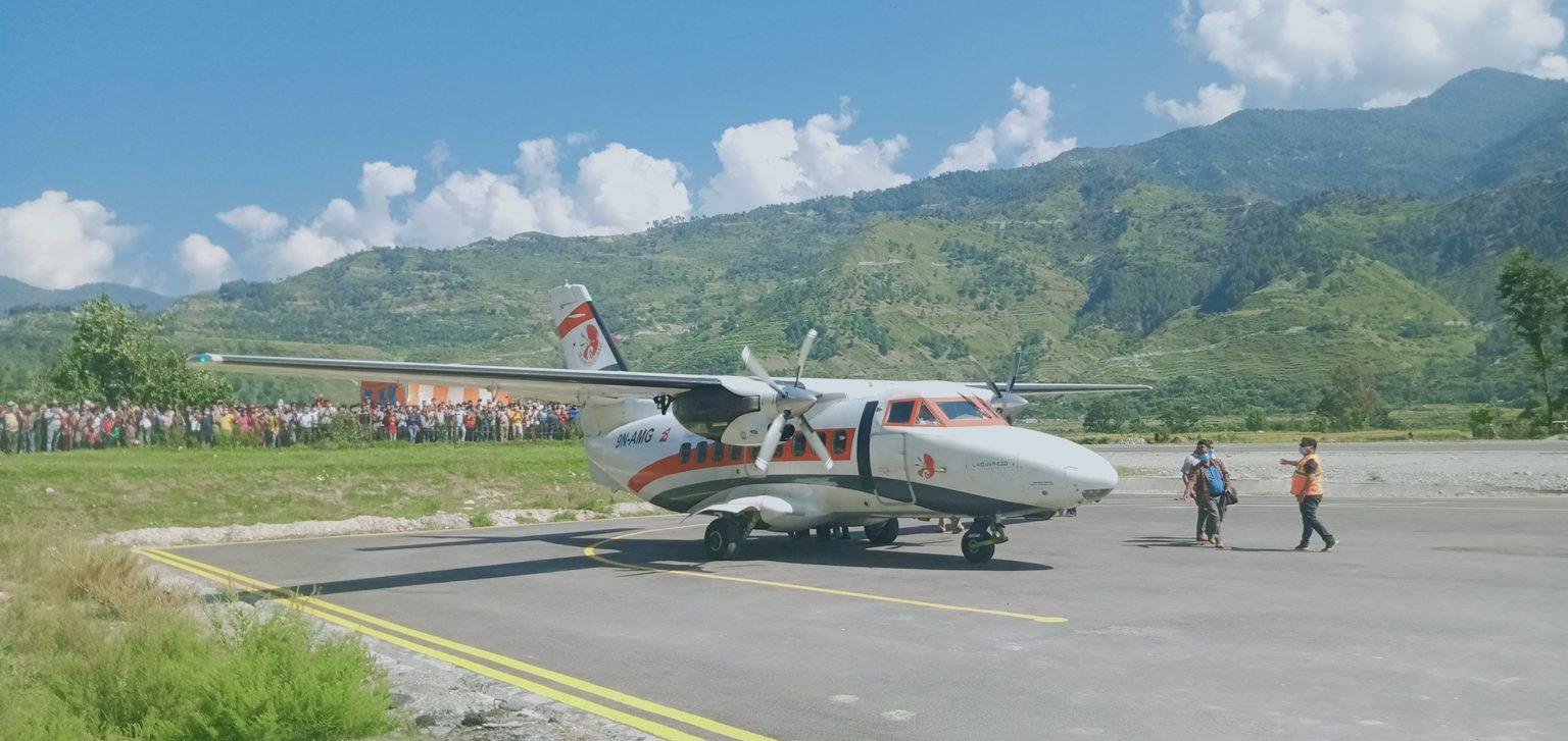 एक दशकपछि बझाङमा परीक्षण उडान, नियमित उडान भए नागरिकको ज्यान सुरक्षित