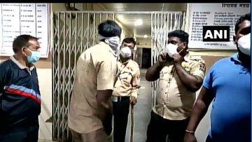 भारतको अस्पतालमा भीषण आगलागी, १० नवजातको मृत्यु