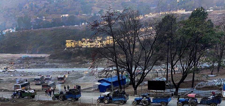दार्चुला–टिङ्कर सडक निर्माण गर्न नेपाली सेनाको टोली व्यासमा