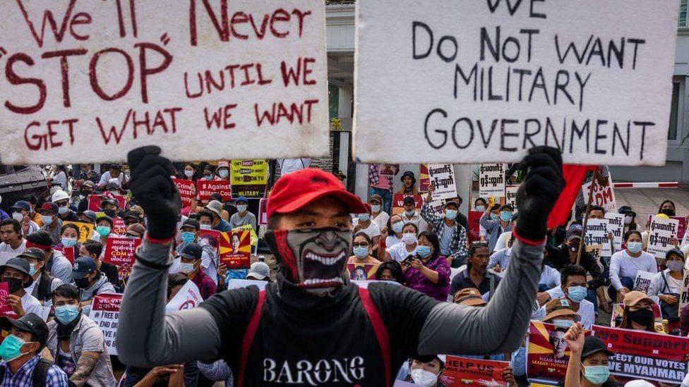 म्यानमारमा सैन्य कू : सेनाद्वारा फेरि इन्टरनेट सेवा बन्द, विरोध जारी