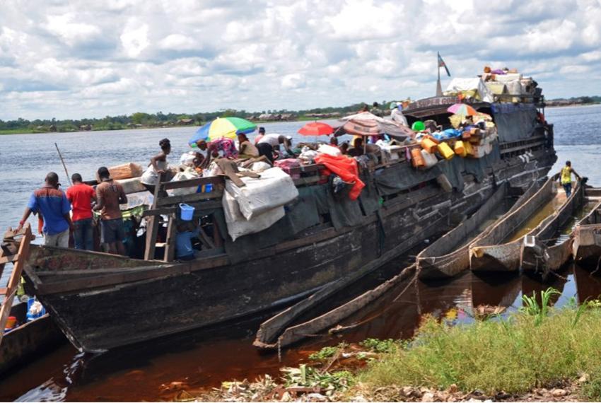 कंगोमा डुंगा दुर्घटना हुँदा ६० जनाको मृत्यु, ३ सय जनाको जिवितै उद्दार