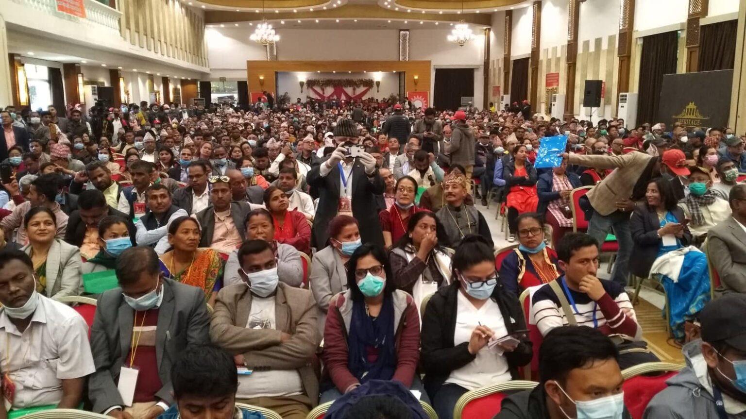 एमाले नेपाल समूहको तयारीः ओलीलाई हटाएर कार्यवाहक नेतृत्वसम्म लिने