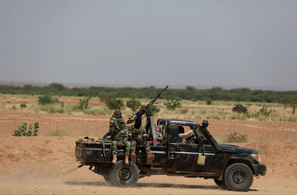 नाइजरमा हतियारधारी समूहको आक्रमणमा परेर १३७ जनाको हत्या