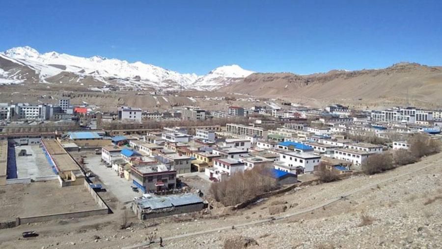 ताक्लाकोटको नेपाली बजार अझै खुलेन: नेपाली व्यापारीलाई प्रवेश निषेध