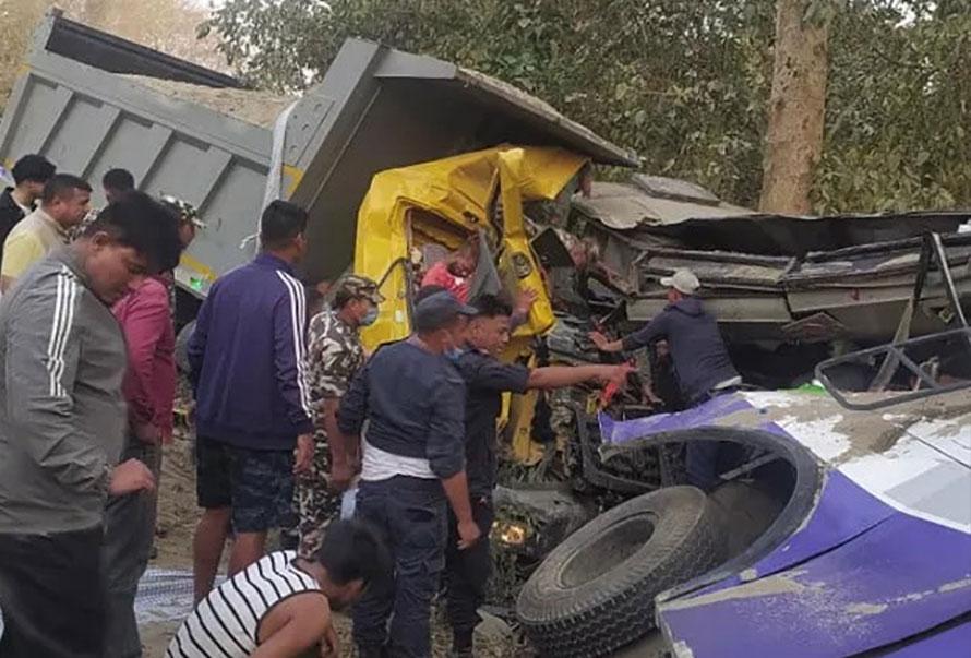 कोहलपुर दुर्घटना : मृतक ४ जनाको सनाखत