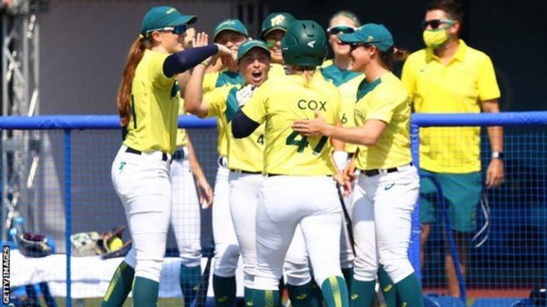 टोकियो ओलम्पिकमा महिला फुटबल र सफ्ट बलका खेल सुरु