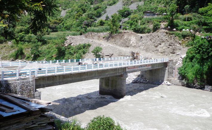 कर्णालीमा राजमार्गमा १२ नयाँ पक्की पुल