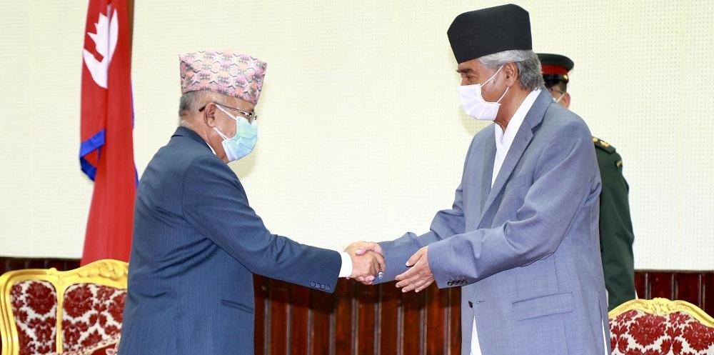 माधव नेपाललाई भेट्न कोटेश्वर पुगे प्रधानमन्त्री देउवा